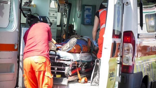 Auto contro albero, morti 3 nordafricani