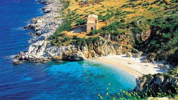 Sicilia,continua rogo in riserva Zingaro