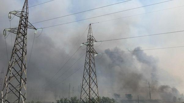 Incendi,evacuata Fiat Termoli,chiusa A14