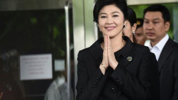 Thaïlande: des comptes en banque de la Première ministre déchue gelés