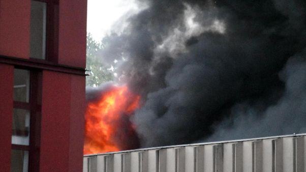 Incendi: deposito Milano, danni gravi