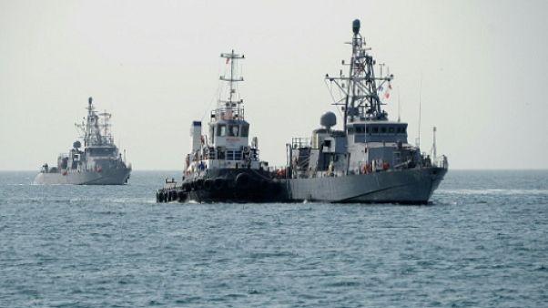 Coups de semonce d'un navire américain contre un vaisseau iranien