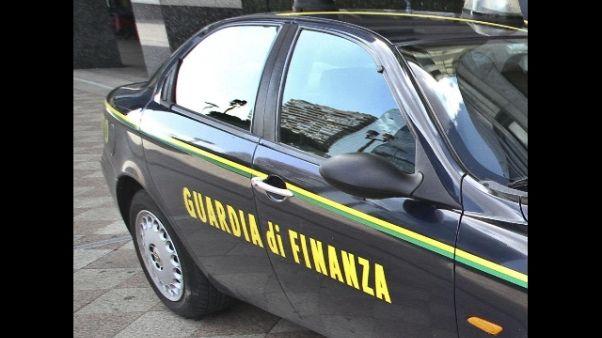 GdF Torino contesta truffa a 80enne
