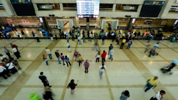 Sport au Venezuela: épidémie de forfaits faute de transport aérien