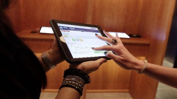 Referendum, Maroni:voto su 24mila tablet