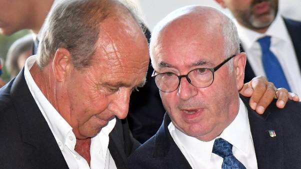 """Tavecchio: """"Italia la chiuda in Spagna"""""""