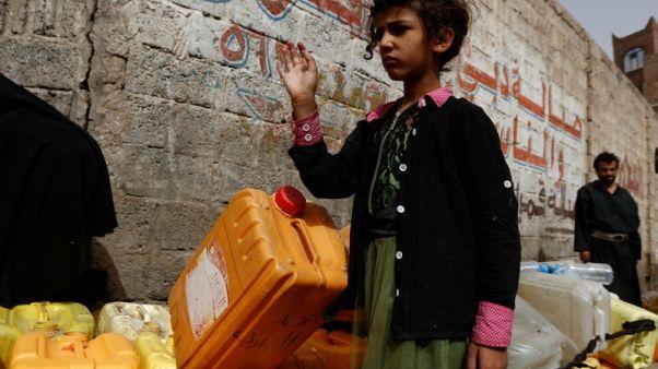Filth spreads Yemen's deadly cholera outbreak