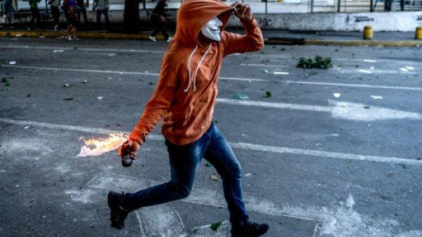 Le Venezuela interdit les manifestations contre l'élection de la Constituante