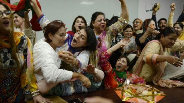 Le Pakistan dans l'incertitude après la chute de son Premier ministre pour corruption