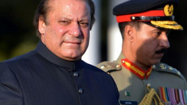 Nawaz Sharif, Premier ministre contrarié à répétition