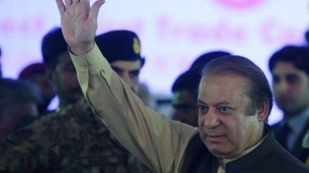 Pakistan: scénarios après l'éviction du Premier ministre