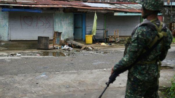 Philippines: près de 60 renforts de l'EI arrêtés en zone de conflit