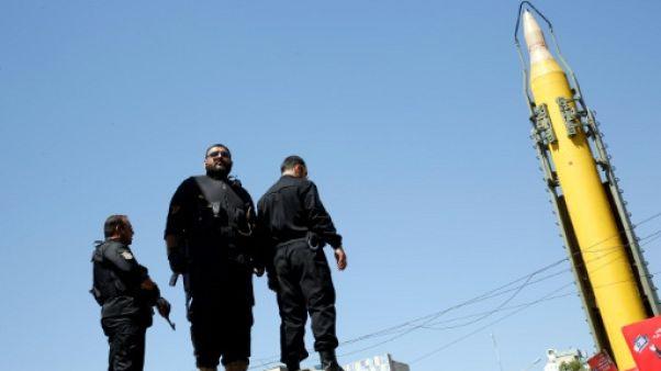 L'Iran dit poursuivre son programme balistique, condamne les nouvelles sanctions