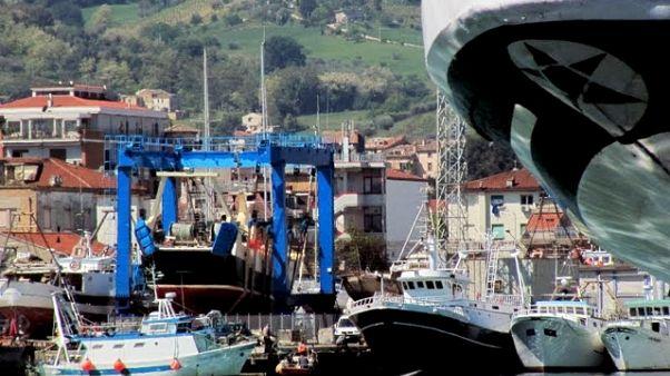 Polemiche per messa porto San Benedetto