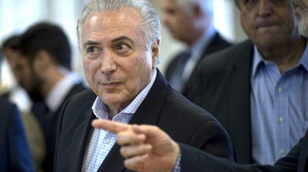 Brésil: Temer vient à Rio vendre le déploiement de l'armée