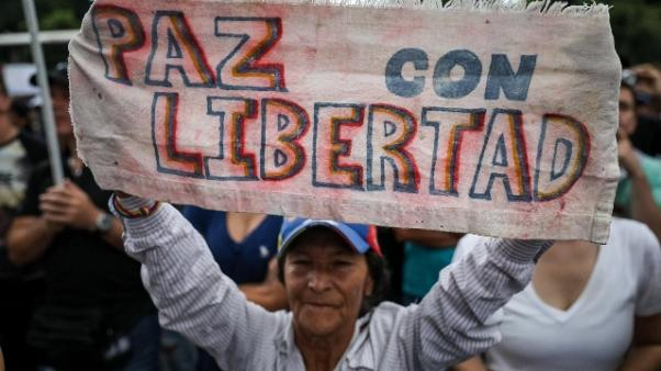 Venezuela: Renzi, non giriamoci altrove
