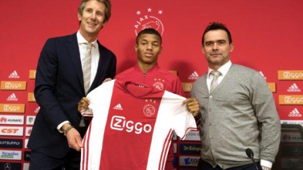 Ajax: les anciennes gloires aux manettes pour perpétuer la tradition du beau jeu