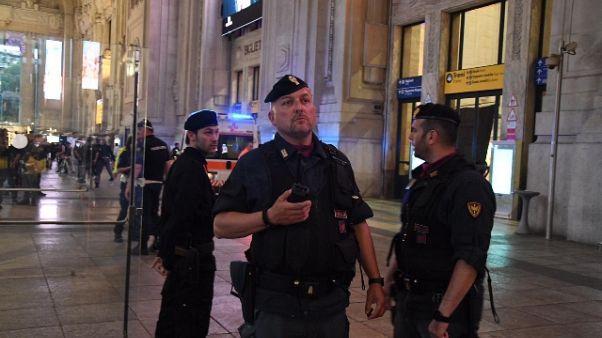 Sicurezza: controlli Polizia in stazioni