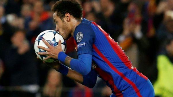 """FC Barcelone: le PSG paiera la clause pour Neymar et compte le présenter en """"fin de semaine"""", assure l'agent du joueur"""