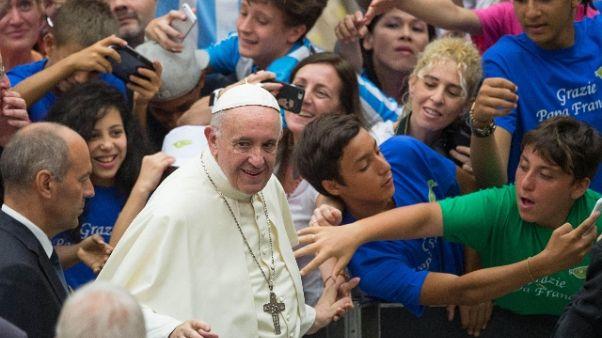 Papa:ascoltare grido cristiani M.Oriente