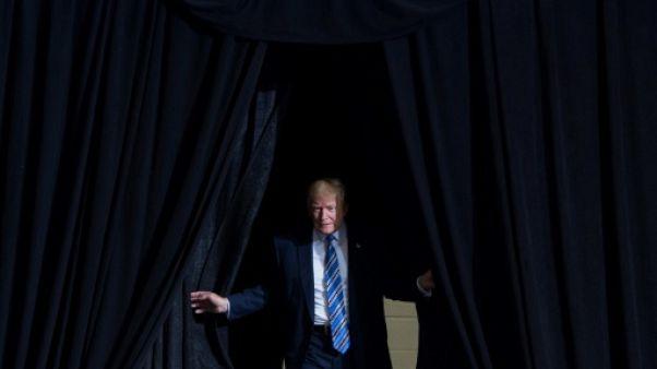 Trump furieux contre l'enquête russe qui s'accélère avec un grand jury