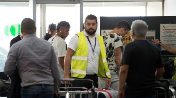 Transfert: l'avion de Neymar en route vers Paris