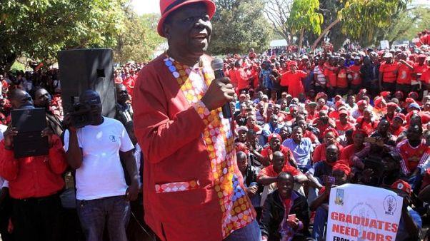 Zimbabwe opposition reunites to challenge Mugabe