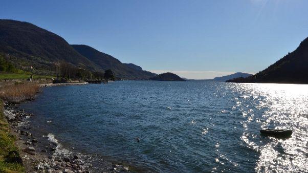 Salvano ragazza nel lago Iseo e muoiono