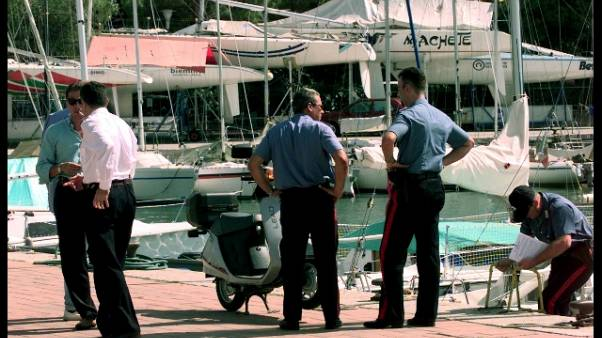 Scontro barche in lago, 3 feriti gravi