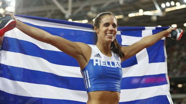 Stefanidi completes collection of major pole vault titles