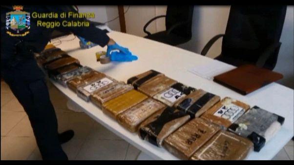 Sequestro 34kg cocaina in porto Gioia T.