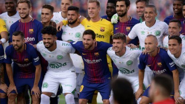 Le FC Barcelone rend hommage à Chapecoense
