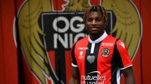 Transfert: Allan Saint-Maximin signe à Nice
