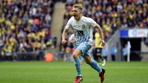 Leicester sign Welsh striker Thomas from Coventry