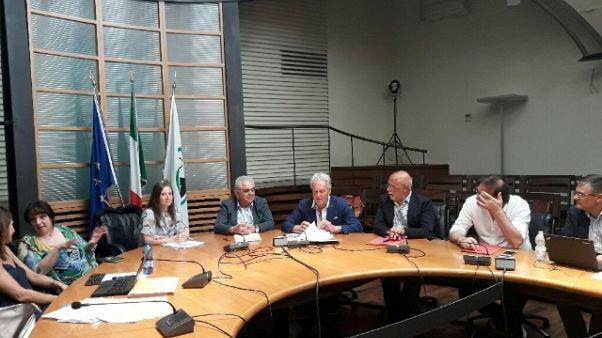 Sisma,opposizioni contro gestione Marche