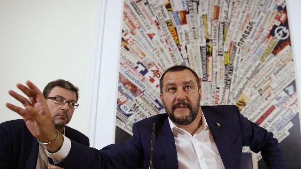 Salvini, togliamo inutile scorta Saviano
