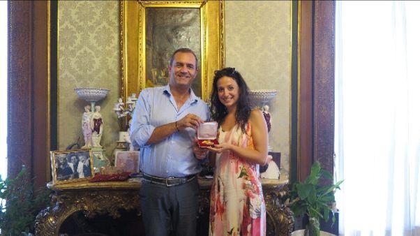 Amore per Napoli, medaglia dal sindaco