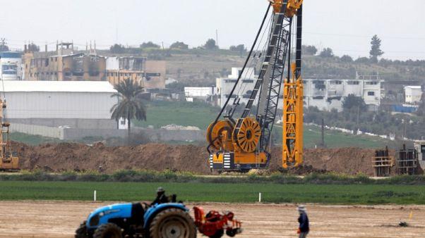 Israel warns Hamas not to foil its anti-tunnel Gaza wall