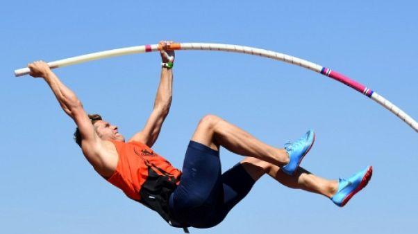 Athlétisme: Mayer, Robert-Michon et Bigot en lice