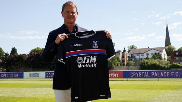 Palace players are going Dutch, says manager De Boer