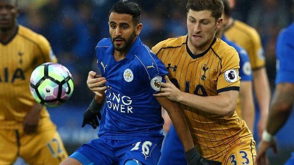 Calcio: Monchi, su Mahrez non rilanciamo