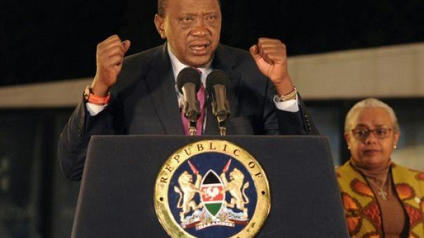 Kenya: émeutes et liesse après la réélection du président Kenyatta