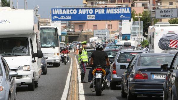 Traffico intenso per 'ponte' Ferragosto