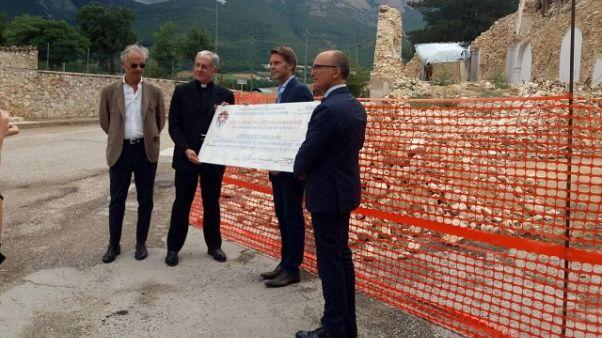E.Filiberto consegna fondi per Norcia