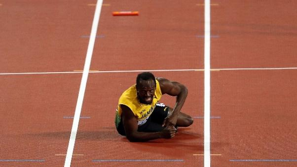 Atletica: Bolt addio amaro, s'infortuna