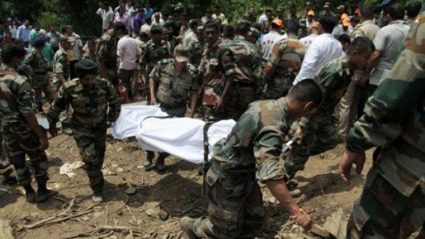 Inde: 45 morts dans un glissement de terrain