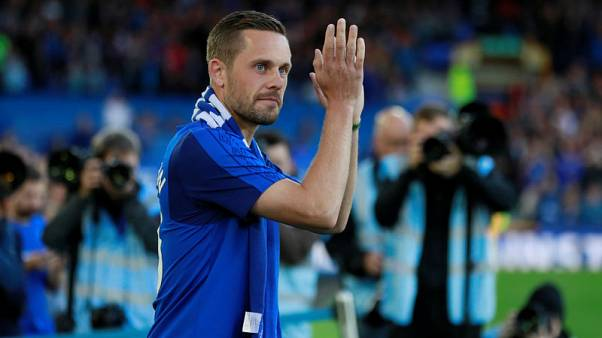 Record signing Sigurdsson hopes for Everton debut on Monday