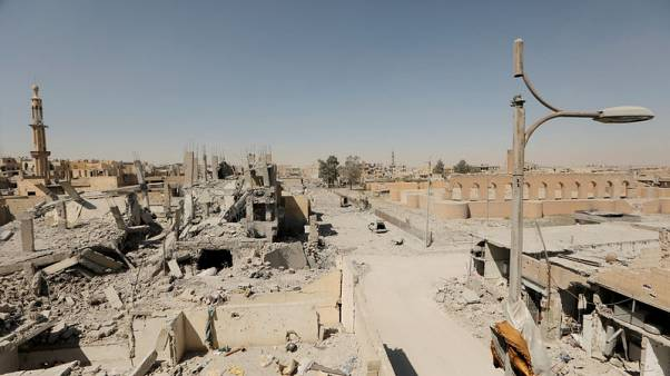 Raqqa families make daring escapes from Islamic State stronghold