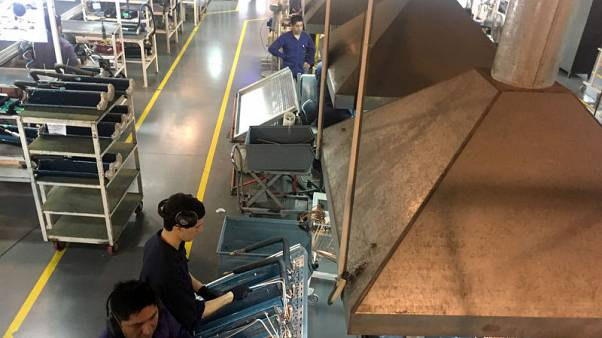 'End-of-the-world' factories struggle to adapt to Macri's Argentina