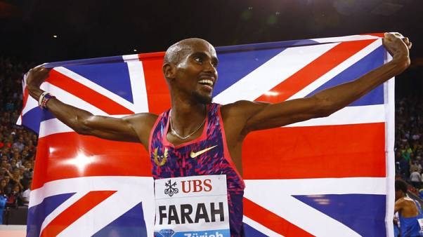Farah wins final track race after Ethiopian trio collide